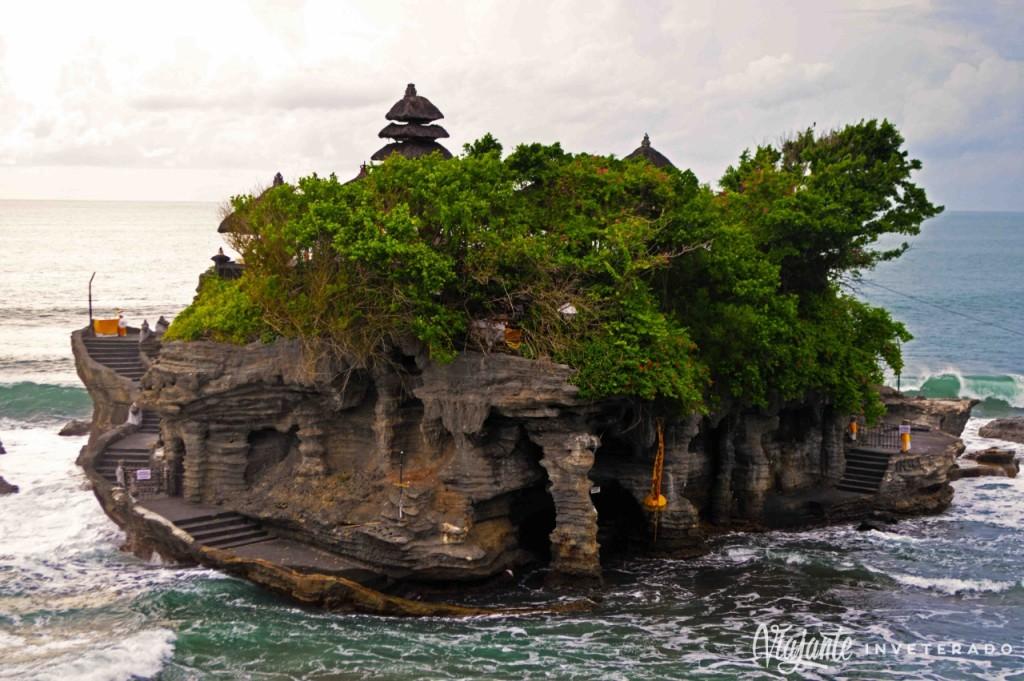 tanah lot - templos de bali