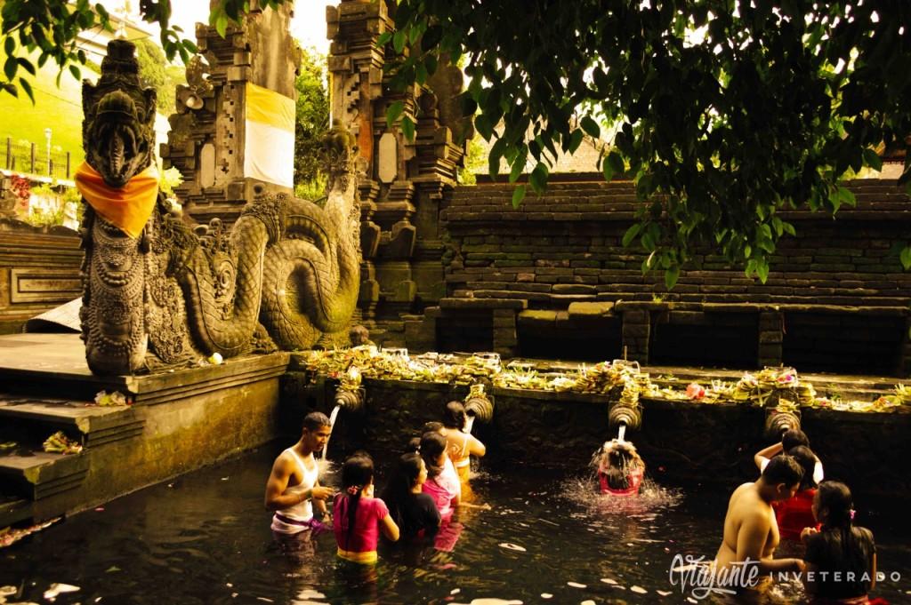 tirta empul - templos de bali