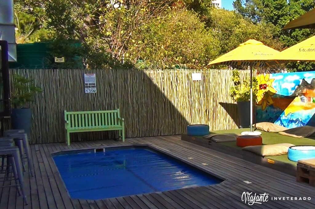 piscina never at home hostel em cape town